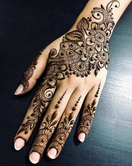 dots and flowers arabic mehndi design