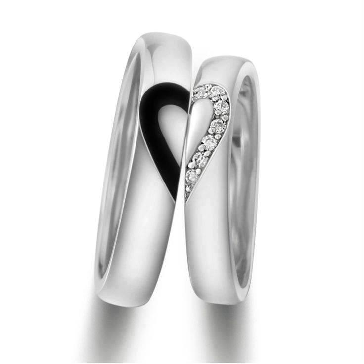 Heart design wedding ring
