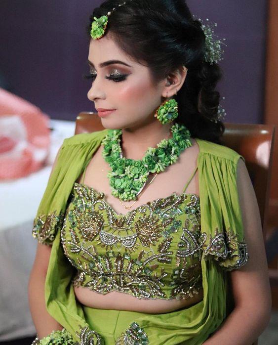 Pretty Green flower jewelry