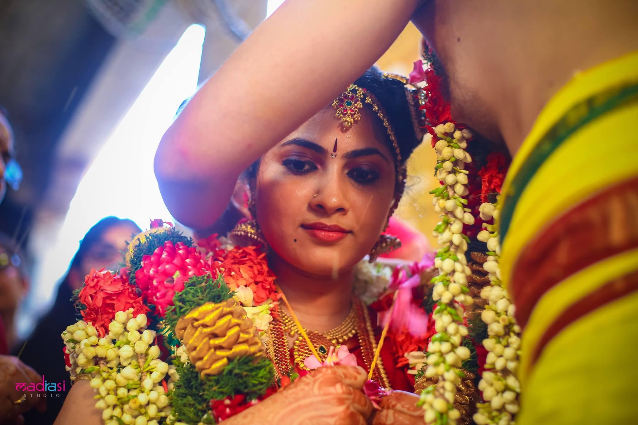 Thali Moment Bride