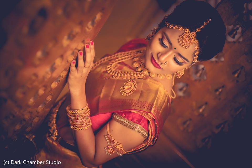 Simple and beautiful bridal makeup