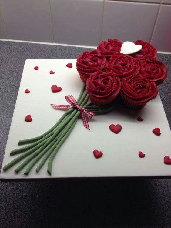 Red Rose Wedding Cup Cake