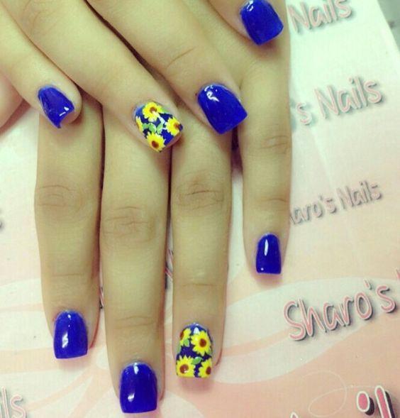 Royal Blue Floweral Nail Art