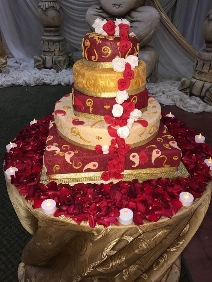 White and Red rose Flower Cake