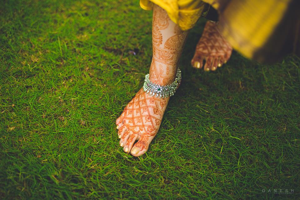 Silver flower anklet