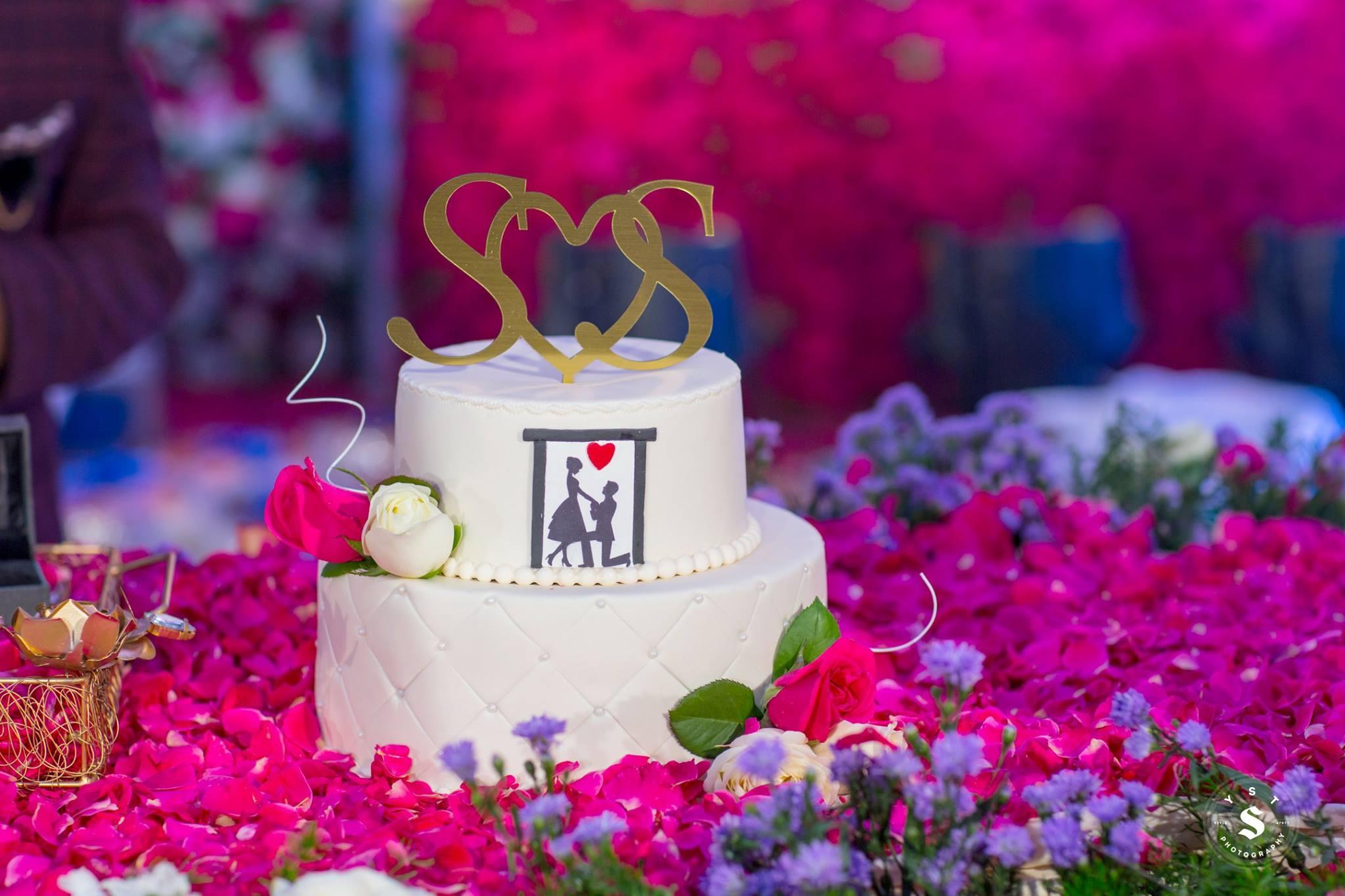 Cute White Wedding Cake