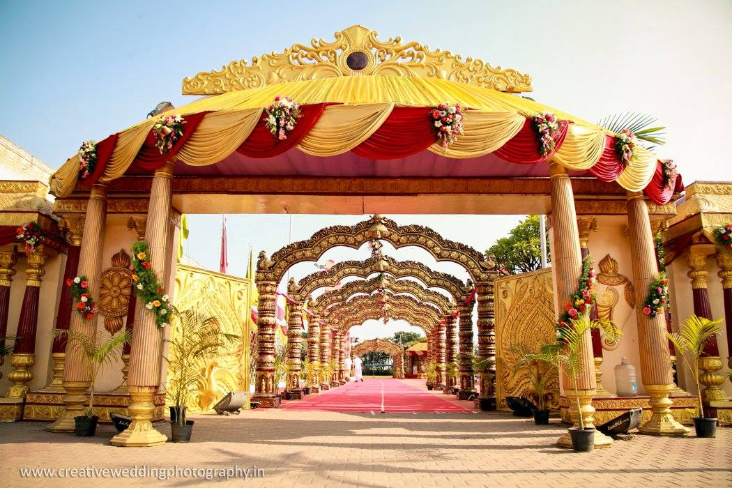 Yellow with red pathway decoration