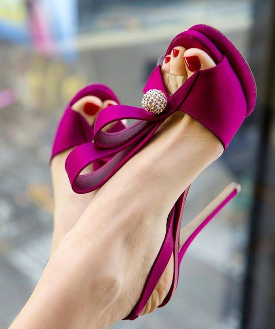 Violet Heels with Ball stone at center