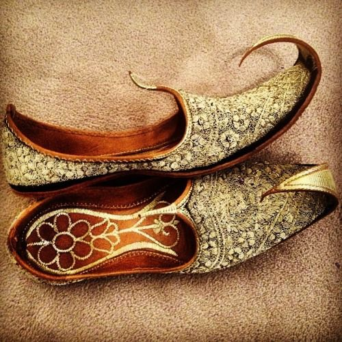 Brown Groom Shoe